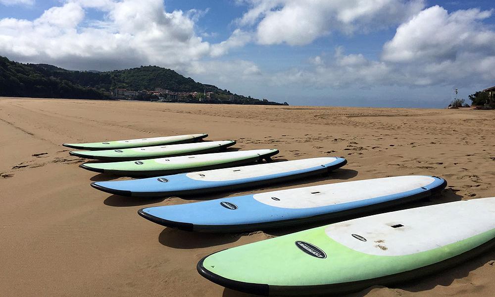 Alquiler de stand up paddle en la ría de Urdaibai, Bizkaia, Costa Vasca