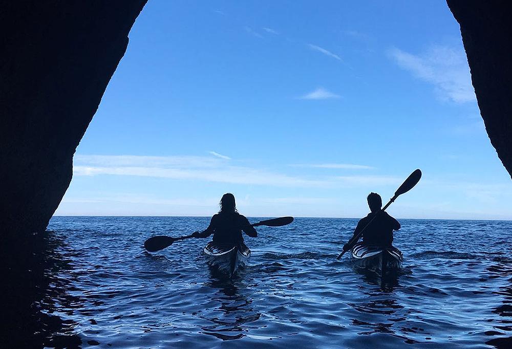 Kayak de mar en Urdaibai, Bizkaia, Costa Vasca