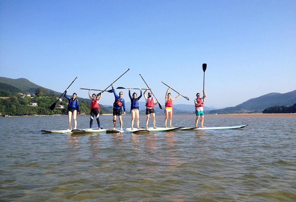 Descubre el sup stand up paddle en la ría de Urdaibai, Bizkaia, Costa Vasca