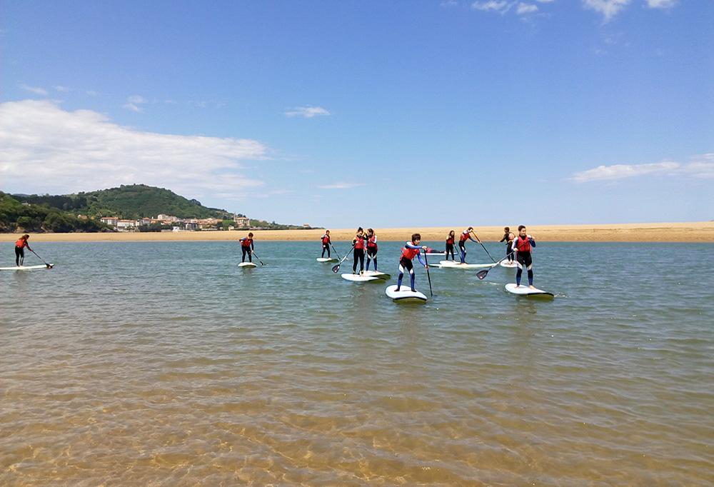 Descubre en stand up paddle en la ría de Urdaibai, Bizkaia, Costa Vasca